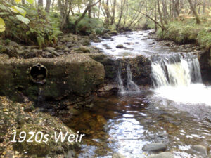 Weir and outlet pipe dating from the 1920s